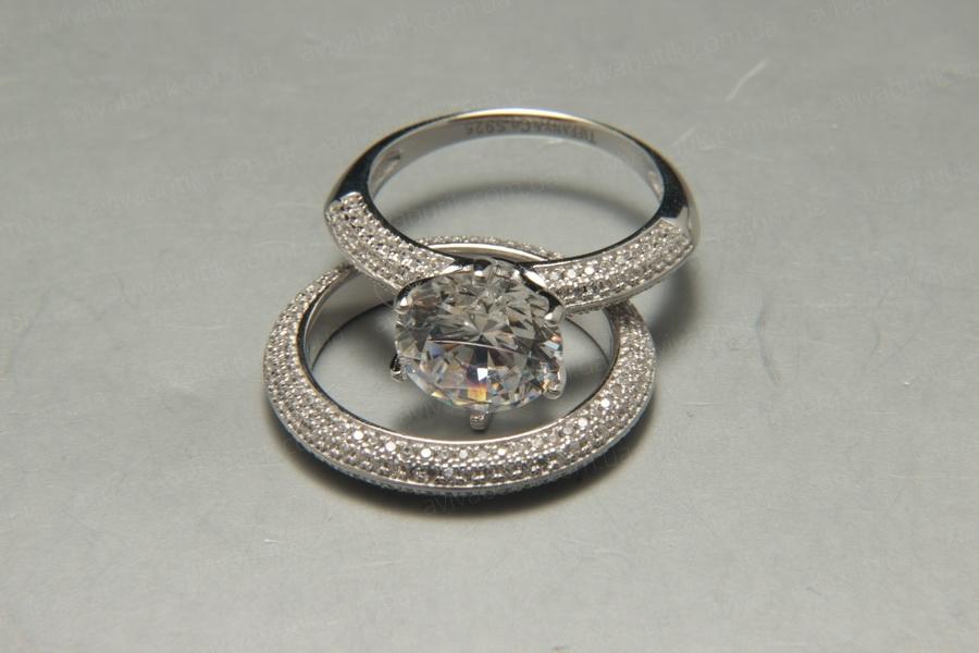 Серебряные кольца потом
